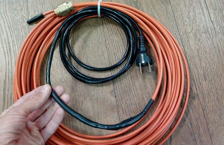 Какой греющий кабель для канализации выбрать?