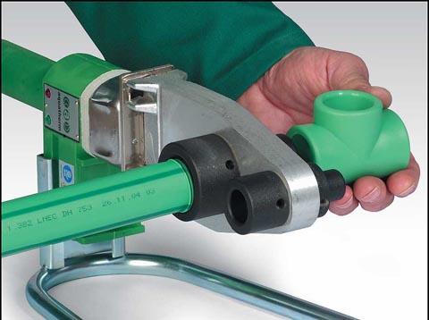 Соединение канализационных ПВХ-труб путем сварки